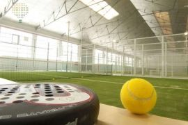 Reserva pista en Top Padel Industrial Indoor Center, juega al pádel en Porto